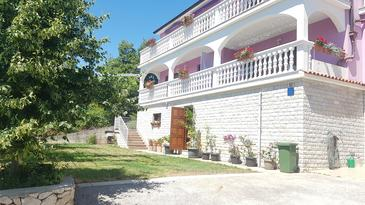 Smolići, Labin, Property 17688 - Apartments with pebble beach.