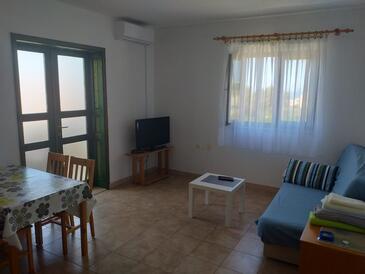 Primošten, Obývací pokoj v ubytování typu apartment, s klimatizací a WiFi.