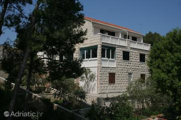 Lumbarda, Korčula, Property 177 - Apartments near sea with rocky beach.