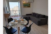 Split Apartments 17711