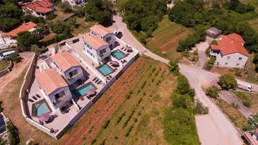 Vrh, Krk, Объект 17759 - Дом для отдыха с галечным пляжем.