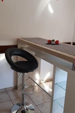 Rijeka, Dining room in the studio-apartment, WiFi.