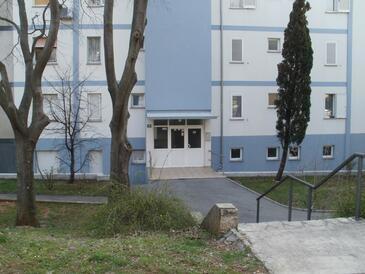 Rijeka, Rijeka, Objekt 17761 - Apartmaji s prodnato plažo.