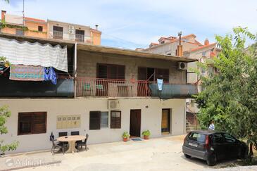 Split, Split, Objekt 17766 - Sobe sa šljunčanom plažom.