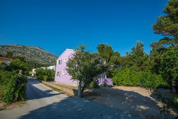Starigrad, Paklenica, Property 17772 - Apartments near sea with pebble beach.
