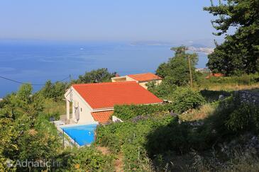 Podstrana, Split, Objekt 17804 - Kuća za odmor sa šljunčanom plažom.
