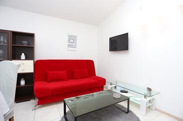 Podstrana, Obývací pokoj v ubytování typu house, s klimatizací, domácí mazlíčci povoleni a WiFi.