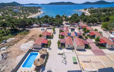Drage, Biograd, Property 17819 - Apartments near sea with pebble beach.