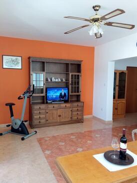Supetarska Draga - Donja, Nappali szállásegység típusa apartment, légkondicionálás elérhető és WiFi .
