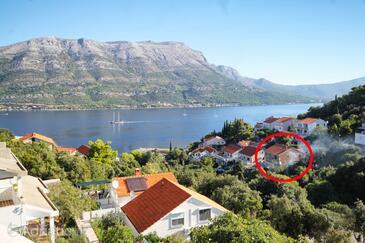 Medvinjak, Korčula, Property 17858 - Apartments near sea with pebble beach.