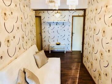 Supetarska Draga - Gonar, Obývací pokoj v ubytování typu apartment, domácí mazlíčci povoleni a WiFi.