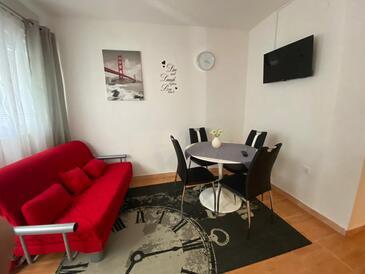 Podstrana, Столовая в размещении типа apartment, WiFi.