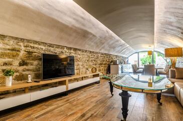 Korčula, Wohnzimmer in folgender Unterkunftsart house, Klimaanlage vorhanden und Haustiere erlaubt.