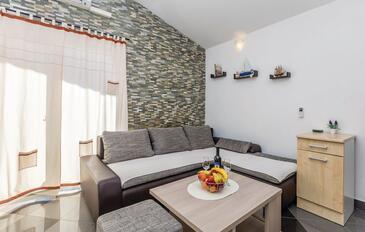 Ribarica, Obývací pokoj v ubytování typu apartment, s klimatizací, domácí mazlíčci povoleni a WiFi.