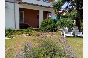 Appartamenti con parcheggio Kampor (Arbe - Rab) - 17886