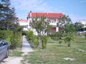 Kampor, Rab, Объект 17886 - Апартаменты с песчаным пляжем.