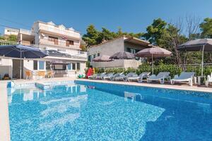 Apartamente cu piscină Podstrana (Split) - 17887