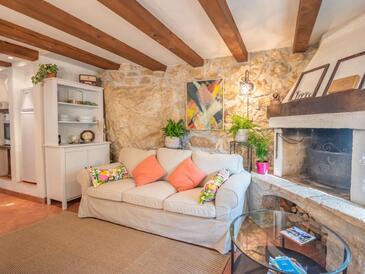Zagore, Obývací pokoj v ubytování typu house, domácí mazlíčci povoleni a WiFi.