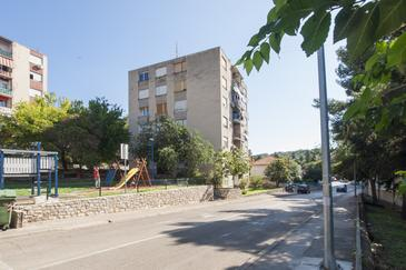 Šibenik, Šibenik, Property 17927 - Apartments with pebble beach.