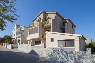 Šibenik, Šibenik, Объект 17929 - Апартаменты с галечным пляжем.