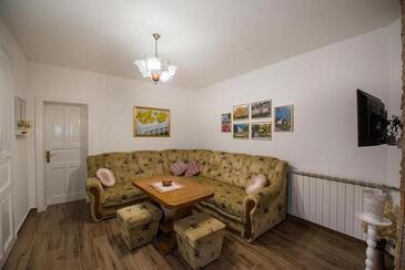 Daruvar, Salon dans l'hébergement en type house, climatisation disponible, animaux acceptés et WiFi.