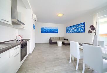 Vrh, Гостиная в размещении типа apartment, доступный кондиционер, Домашние животные допускаются и WiFi.