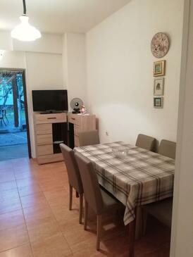 Seline, Jídelna v ubytování typu apartment, domácí mazlíčci povoleni a WiFi.