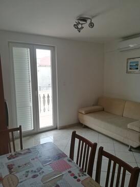 Novalja, Гостиная в размещении типа apartment, доступный кондиционер, Домашние животные допускаются и WiFi.