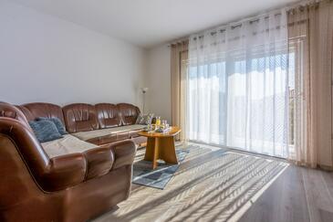 Jadranovo, Гостиная в размещении типа apartment, доступный кондиционер и WiFi.