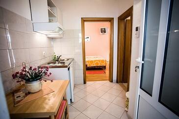 Sumpetar, Jídelna v ubytování typu apartment, domácí mazlíčci povoleni a WiFi.