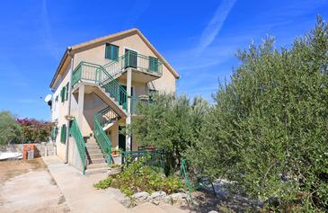 Makarac, Brač, Property 18026 - Apartments by the sea.
