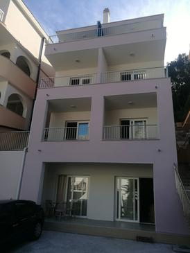 Drvenik Donja vala, Makarska, Property 18027 - Apartments near sea with pebble beach.
