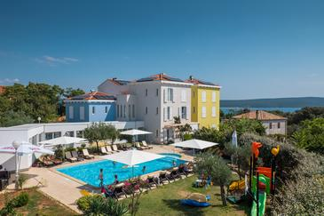 Nerezine, Lošinj, Property 18033 - Rooms with pebble beach.