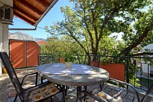 Apartments and rooms with parking space Starigrad, Paklenica - 18034