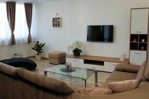 Apartmány s parkovištěm Trogir - 18045