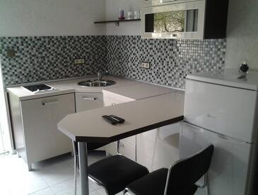 Zaton, Küche in folgender Unterkunftsart studio-apartment, WiFi.