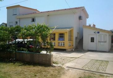 Zaton, Zadar, Property 18050 - Apartments near sea with sandy beach.