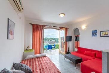 Milna, Dnevni boravak u smještaju tipa apartment, dostupna klima i WiFi.