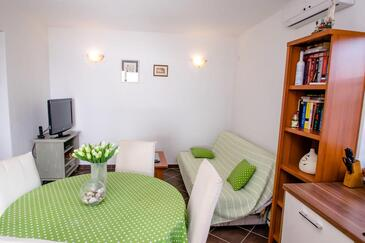 Ljubljeva, Living room in the apartment, air condition available and WiFi.
