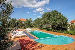 Family friendly apartments with a swimming pool Neviđane, Pašman - 18054