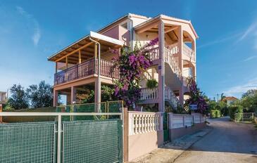 Bibinje, Zadar, Объект 18056 - Апартаменты с галечным пляжем.