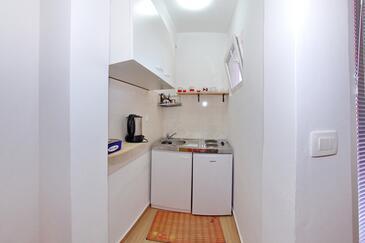 Bibinje, Kuchyně v ubytování typu studio-apartment, WiFi.