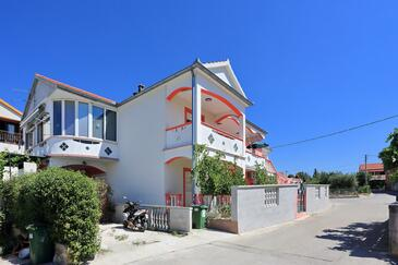 Bibinje, Zadar, Property 18066 - Apartments with pebble beach.