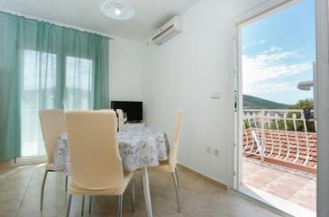 Vinišće, Столовая в размещении типа apartment, доступный кондиционер, Домашние животные допускаются и WiFi.