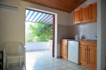 Ivan Dolac, Кухня в размещении типа apartment, Домашние животные допускаются и WiFi.