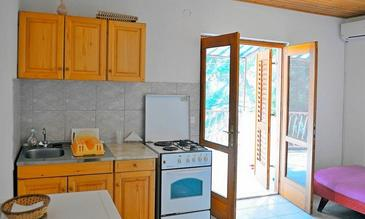 Ivan Dolac, Kitchen in the apartment, (pet friendly) and WiFi.