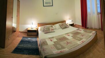 Makarska, Спальня в размещении типа room, доступный кондиционер и WiFi.