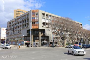 Split, Split, Property 18120 - Apartments with sandy beach.