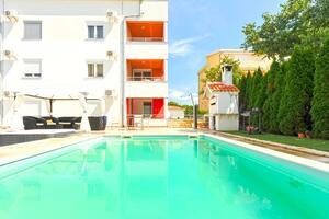 Apartmaji z bazenom za družine z otroci Kožino, Zadar - 18121