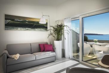 Novigrad, Obývací pokoj v ubytování typu room, WiFi.